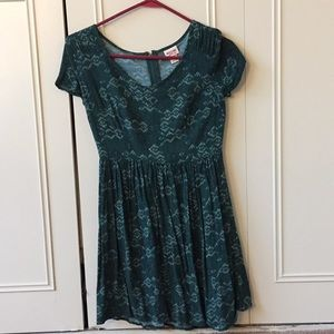 S Mossimo Green Patterned Dress